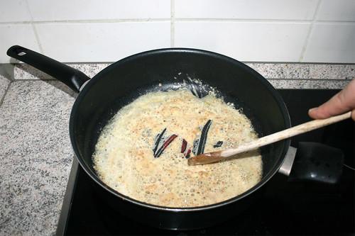 21 - Mehl andünsten / Braise flour