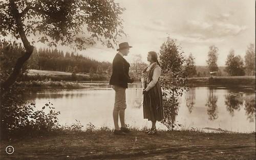 Anna Nilsson and Tor Weijden in Värmlänningarna (1921)