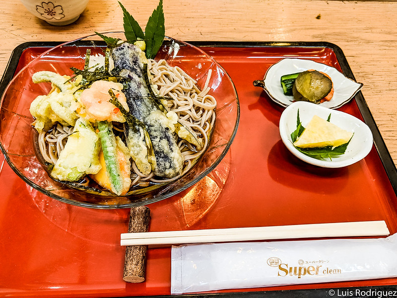 Set de fideos soba con tempura