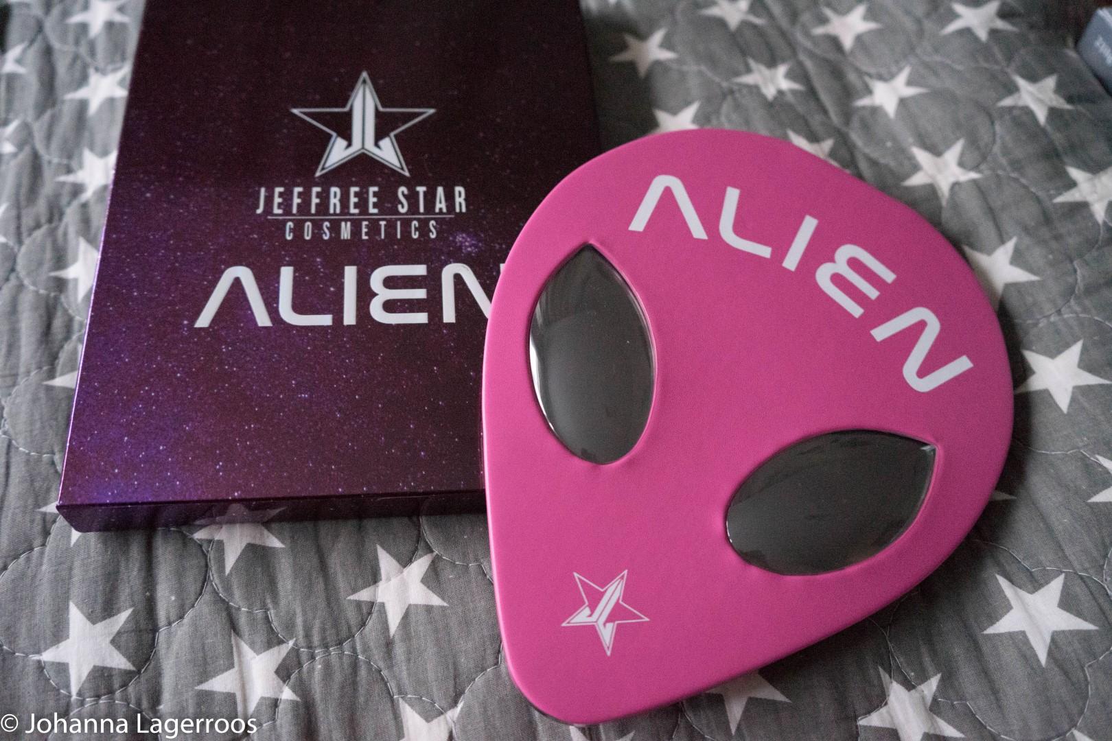 alien palette