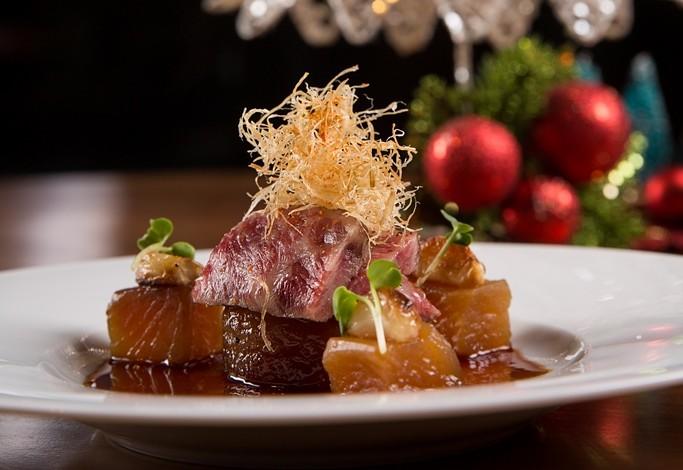 15.Nobu Manila.Seared Wagyu Beef with Braised Daikon and Garlic2 (2)