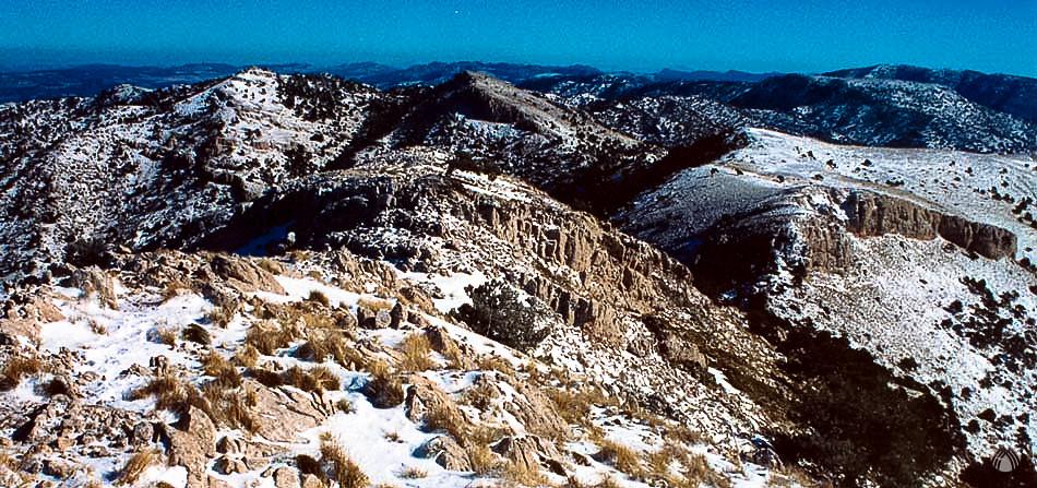 Terreno calar en las cumbres