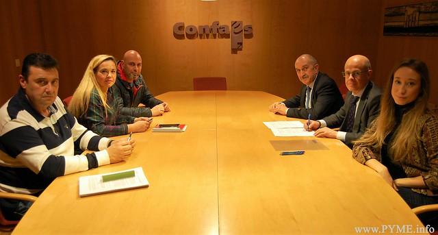 Constitución de la mesa negociadora del Convenio Colectivo de Piscinas y Actividades Deportivas de Salamanca.