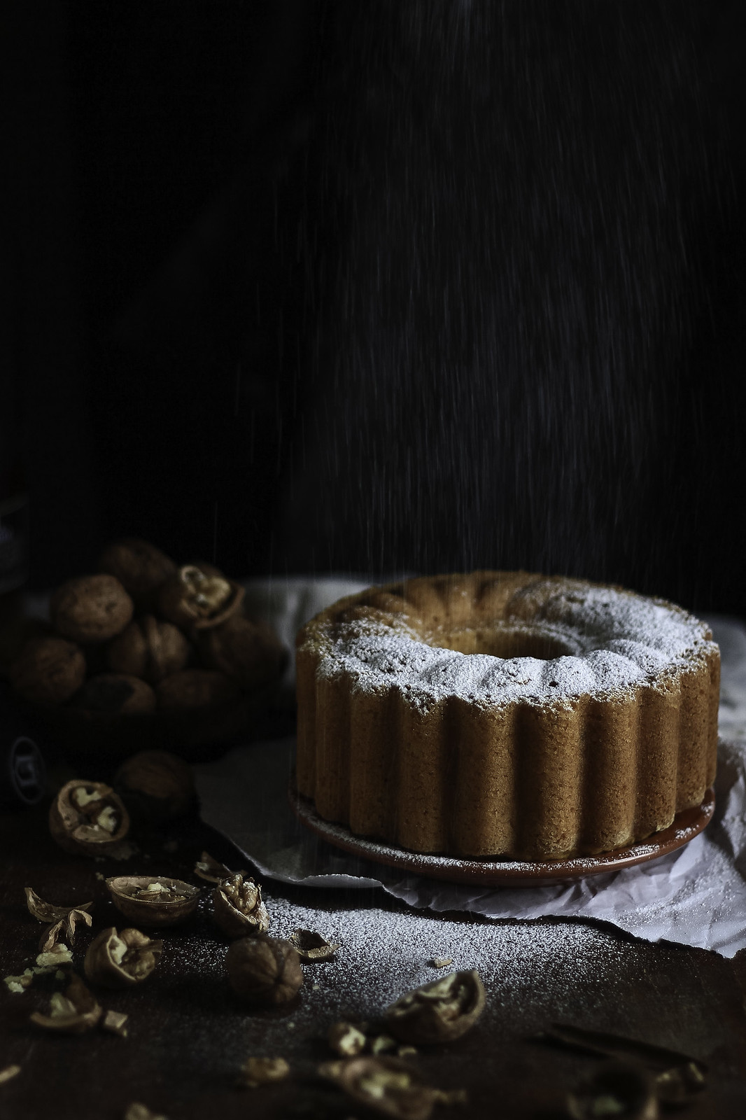 walnut and pumpkin cake snow