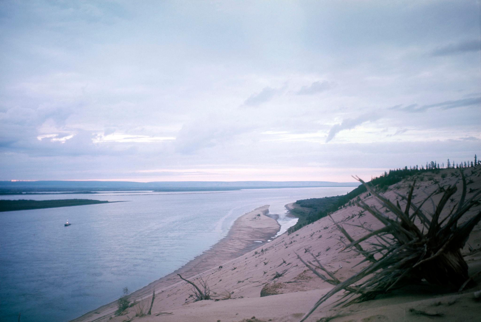 1970-е. Песчаные дюны на берегу верхней Лены