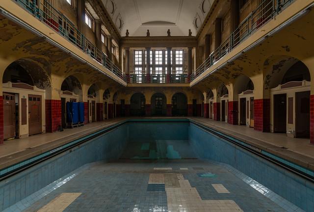 Bathhouse L.