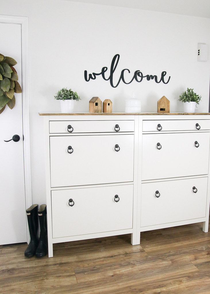 Create An Entryway With Extra Storage