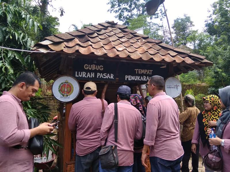 Pasar Kakilangit