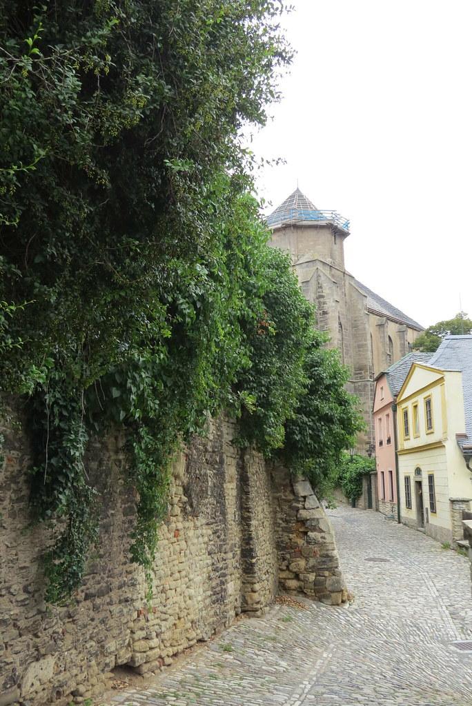 Типичная средневековая улочка