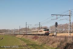 Le 4661 Bordeaux - Marseille est amené par la BB 7265