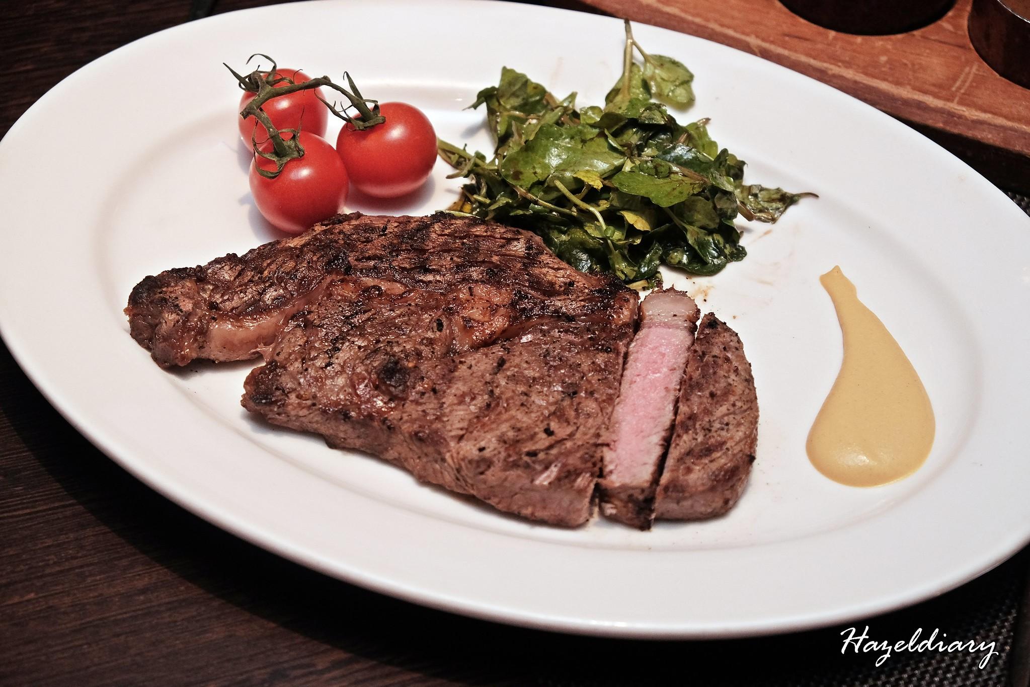 wooloomooloo steakhouse-120-day grain fed Australian Rib Eye-1