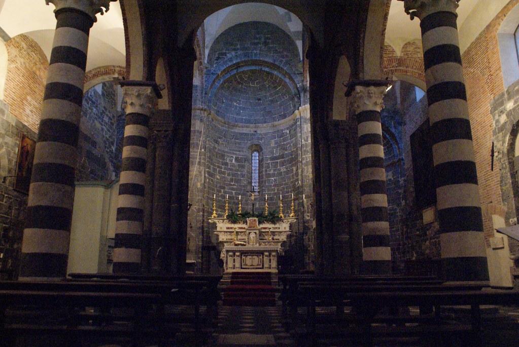 Autel de l'égliseSanti Cosma e Damiano à Gènes.