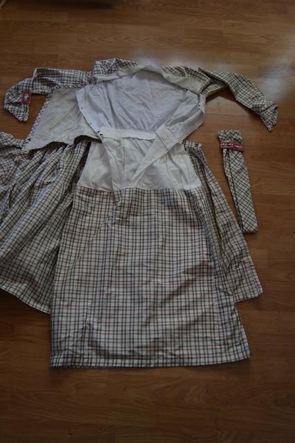 Plaid Dress Fastenings 1