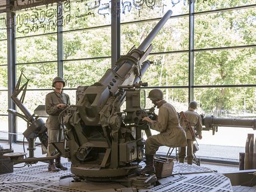 90 mm M1A1
