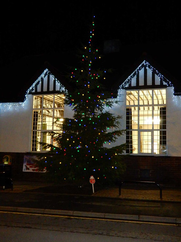 Walton-Village-Hall-Xmas-4-RED