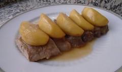 Secreto de cerdo ibérico con salsa de manzana