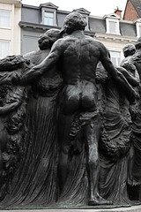 Monument ter ere van de gebroeders Van Eyck (1913) # 1