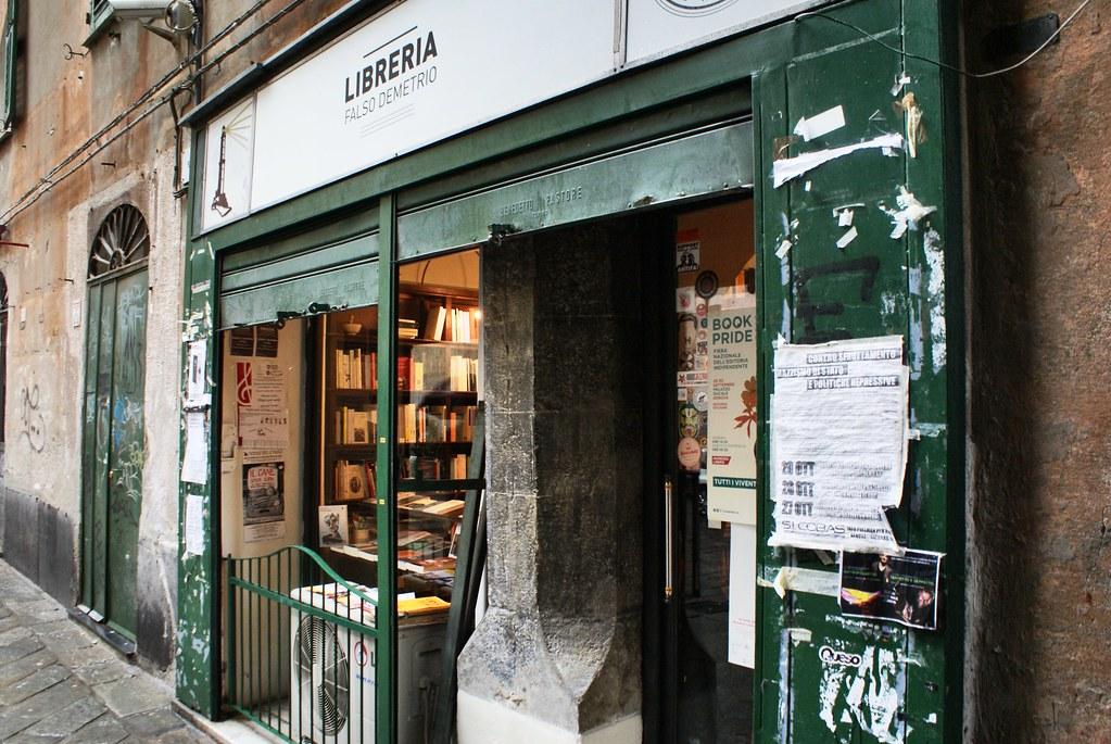 Façade de la Libreria Falso Demetrio à Gênes