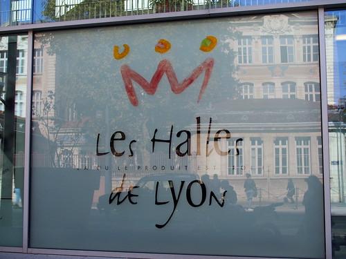 Les Halles de Lyon Paul Bocuse (1) チーズがお勧め
