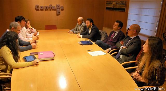 Constitución de la mesa negociadora del convenio colectivo de Establecimientos y Centros Sanitarios de hospitalización, asistencia, consulta y laboratorios de Salamanca.