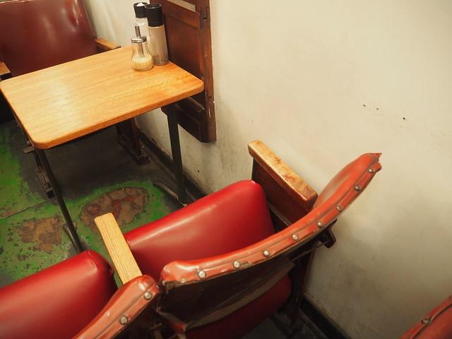P9089687 デグレーブス・エスプレッソ・バー (Degraves Espresso Bar) メルボルン オーストラリア カフェ