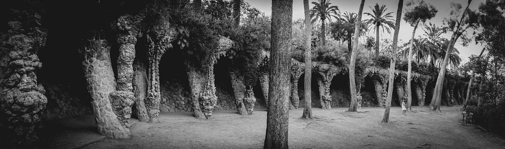 """Les """"cavernes"""" du Park Güell...+ nouvelle version 30868998887_53dca59949_b"""
