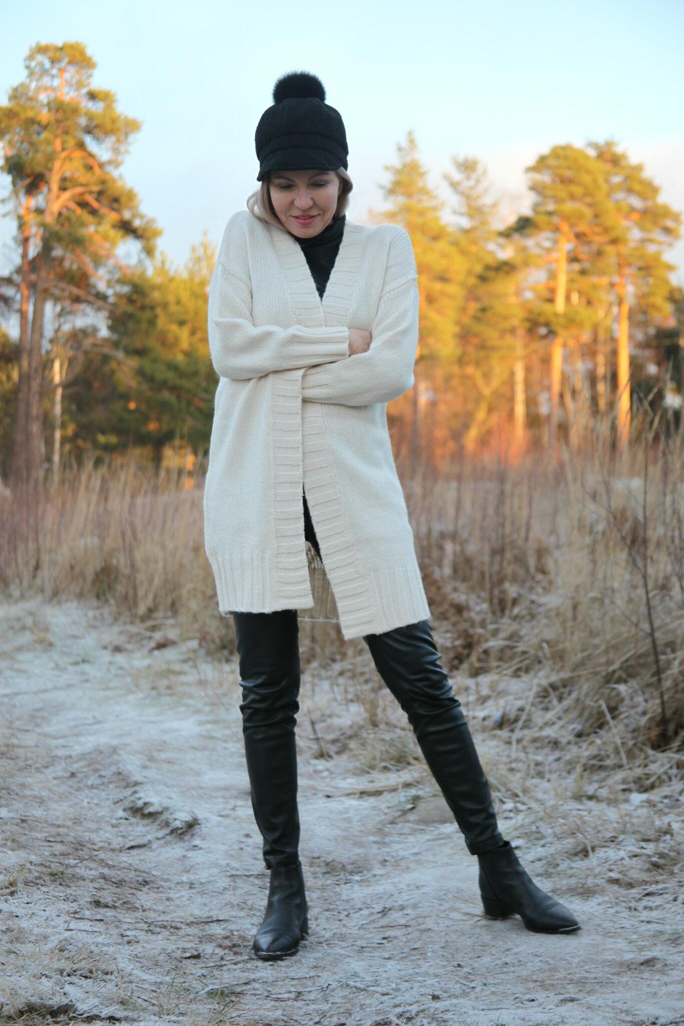 Camilla Neuletakki, Oasis Finland