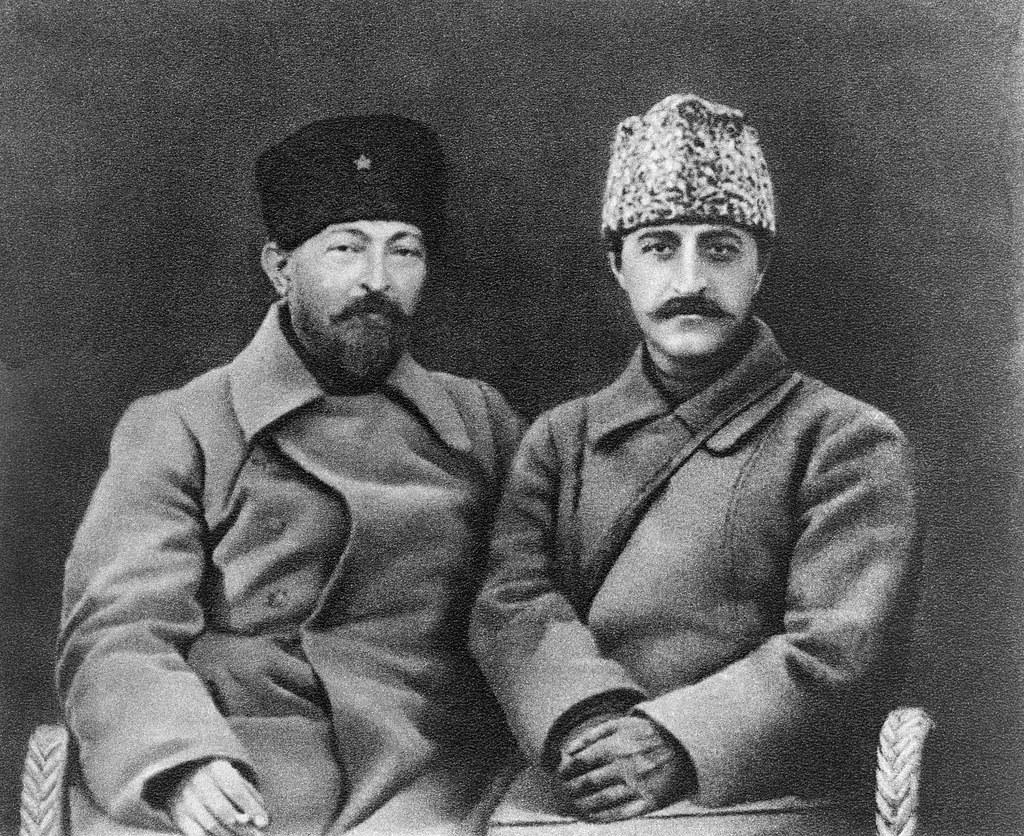 1922. Феликс Дзержинский и Серго Орджоникидзе