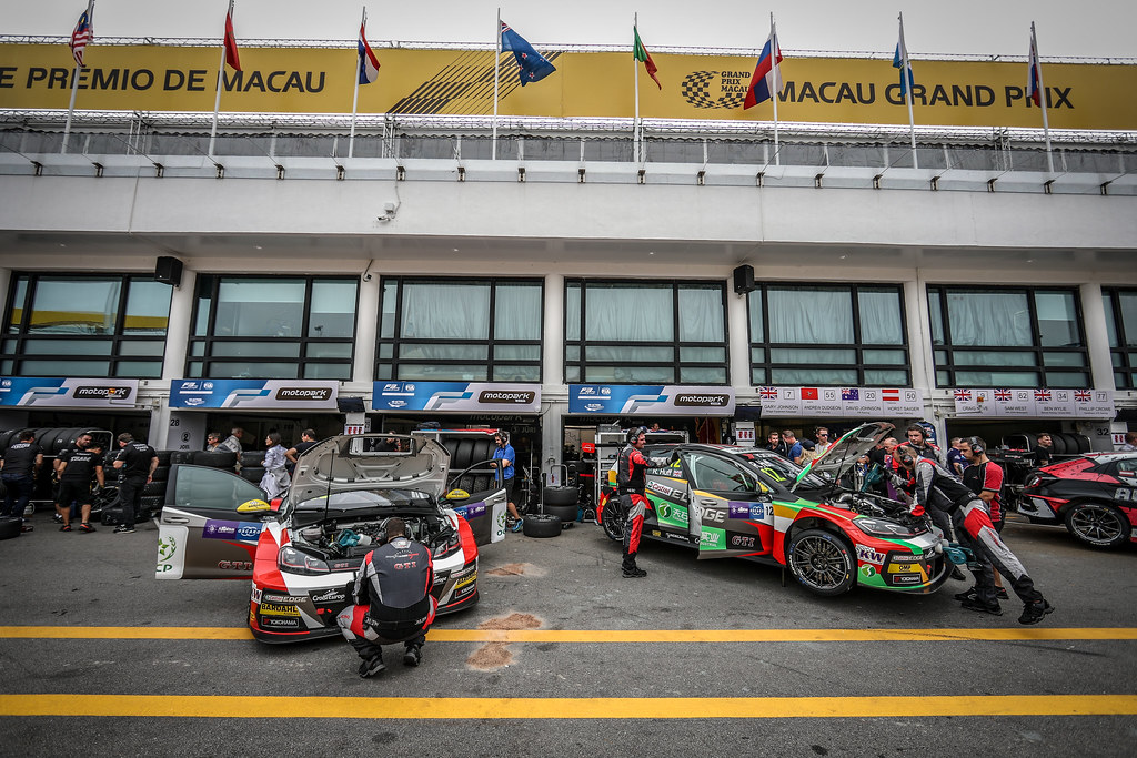 12 HUFF Rob, (gbr), Volkswagen Golf GTI TCR team Sebastien Loeb Racing, action during the 2018 FIA WTCR World Touring Car cup of Macau, Circuito da Guia, from november  15 to 18 - Photo Alexandre Guillaumot / DPPI
