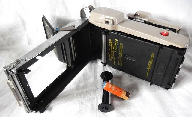 Polaroid J 33, Nikon COOLPIX S9500