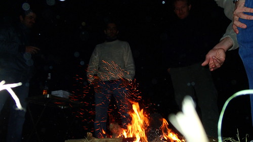 Alimentado el fuego