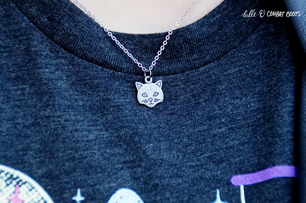 110418x5-vintage-cat-necklace