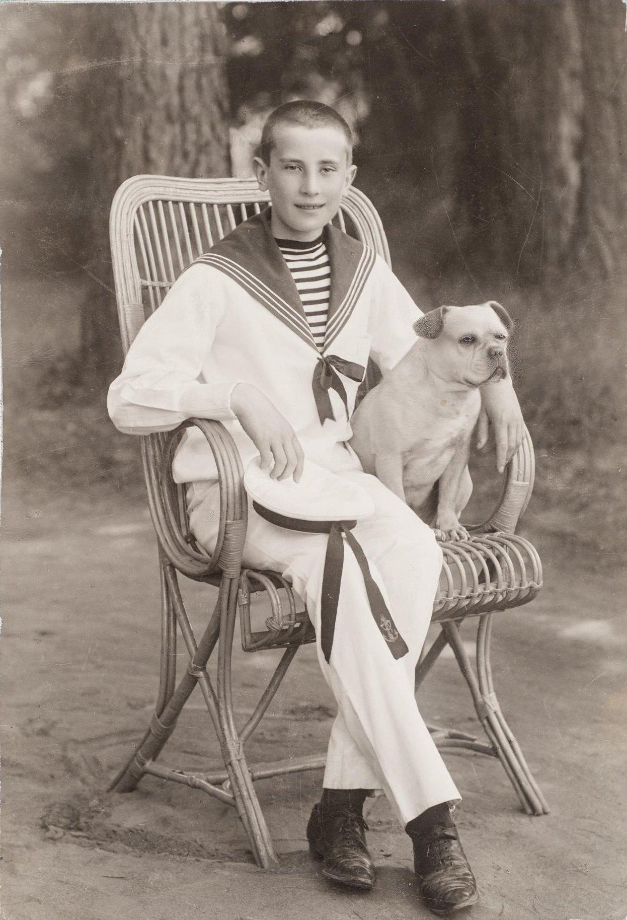 1900. Портрет Юсупова Феликса Феликсовича-младшего