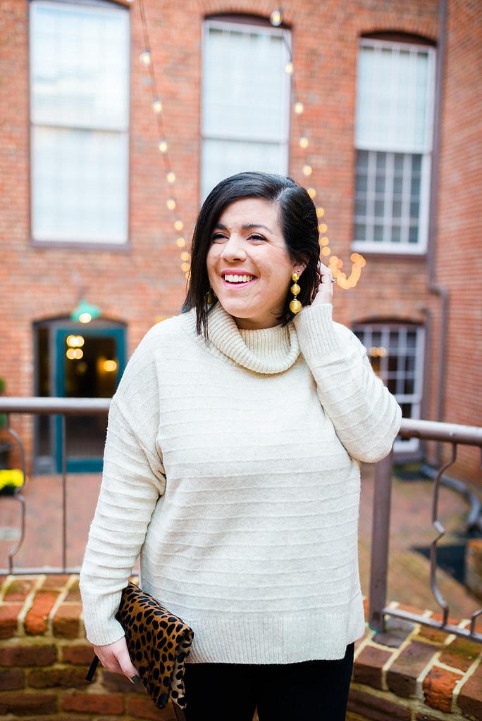 Turtleneck Sweater-@headtotoechic-Head to Toe Chic