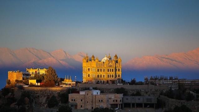 4850 Al-Maqar Palace in Namas, Saudi Arabia – a fantasy palace in real life 04