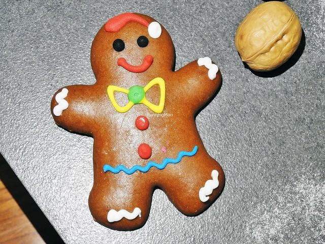 Gingerbread Man & Walnut