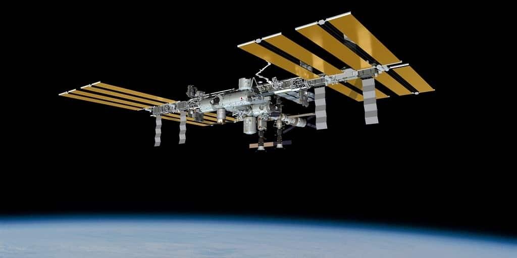 bactéries-dans-la-station-spatiale-internationale
