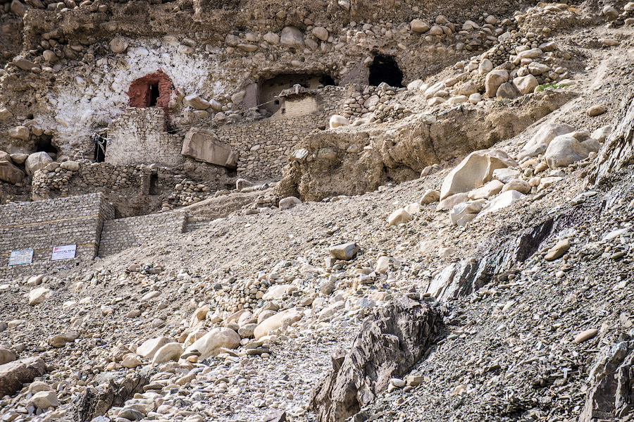 Пещеры Саспол, Ладакх © Kartzon Dream - авторские туры в Гималаи, тревел фото