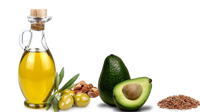 Makanan tinggi lemah sehat antara lain: minyak zaitun extra virgin, buah zaitun, alpukat, walnut, dan biji flax.