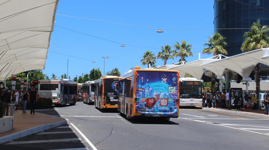 Buses queued at Chadstone to exit the bus interchange, Boxing Day 2018