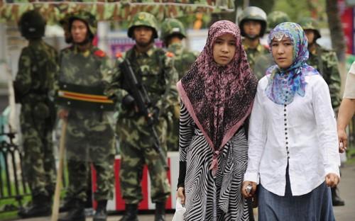 trungcong_danap_uyghur