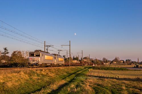 19 novembre 2018  BB 7349-7369  Train 489870 Miramas -> Bordeaux-Hourcade Lamothe-Landerron (33)