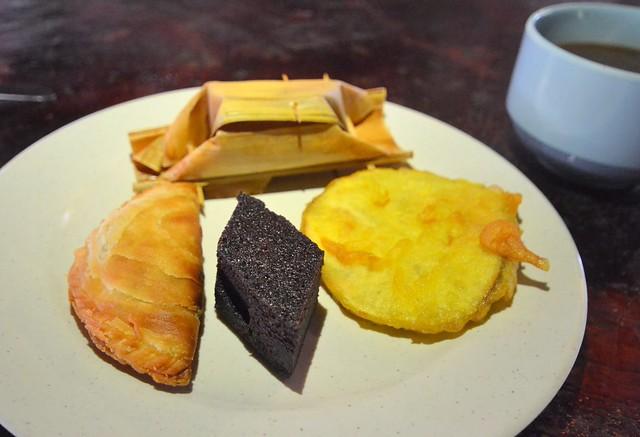 kota kinabalu brunei itinerary local desserts