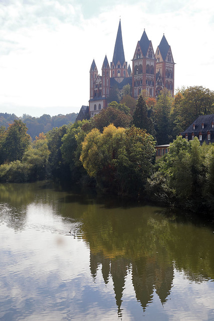 St George's cathedral, over Lahn River