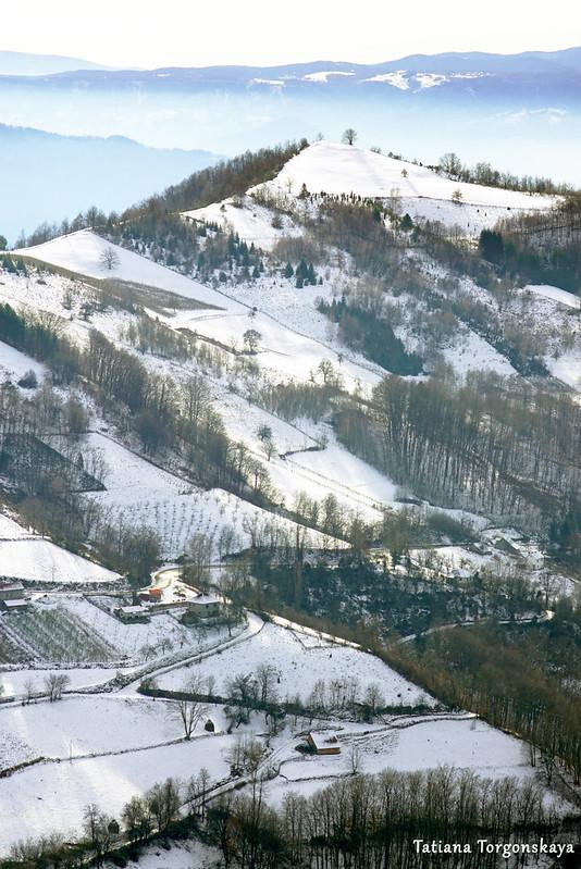 Заснеженная гора крупным планом