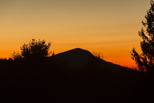 buffalo mountain buffalomountain blueridgemountains blue ridge mountains blueridge sunset twilight