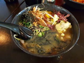 Cauliflower and Onion Ramen at i like ramen