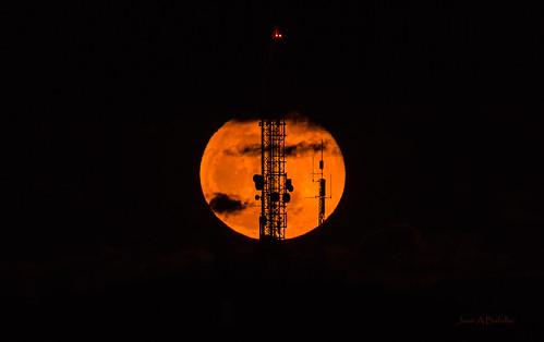 Comunicando con la Luna