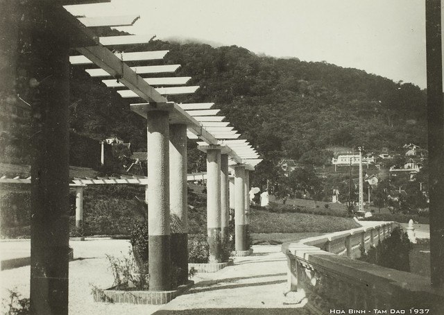 Hoa Binh – Tam Dao. 1937, Canon EOS 5D MARK II, Canon EF 50mm f/2.5 Macro