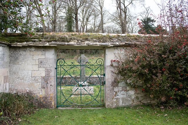 Ornate is the gate, Iwerne Courtney